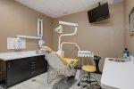 Jak uzyskać ładny uśmiech? Dentysta spieszy z pomocą.
